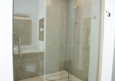 Concrete on the walls of the shower